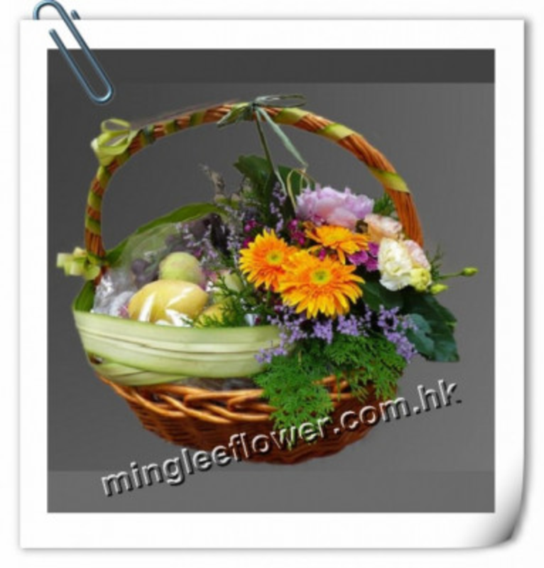 Christmas, New Year and gift baskets